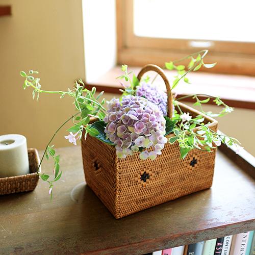 【まいにちと花】<br> 水無月6月 「しとやかに雨の花」